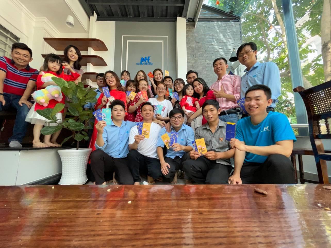 cong-ty-Phuong-Hai-tiec-tan-nien-2021
