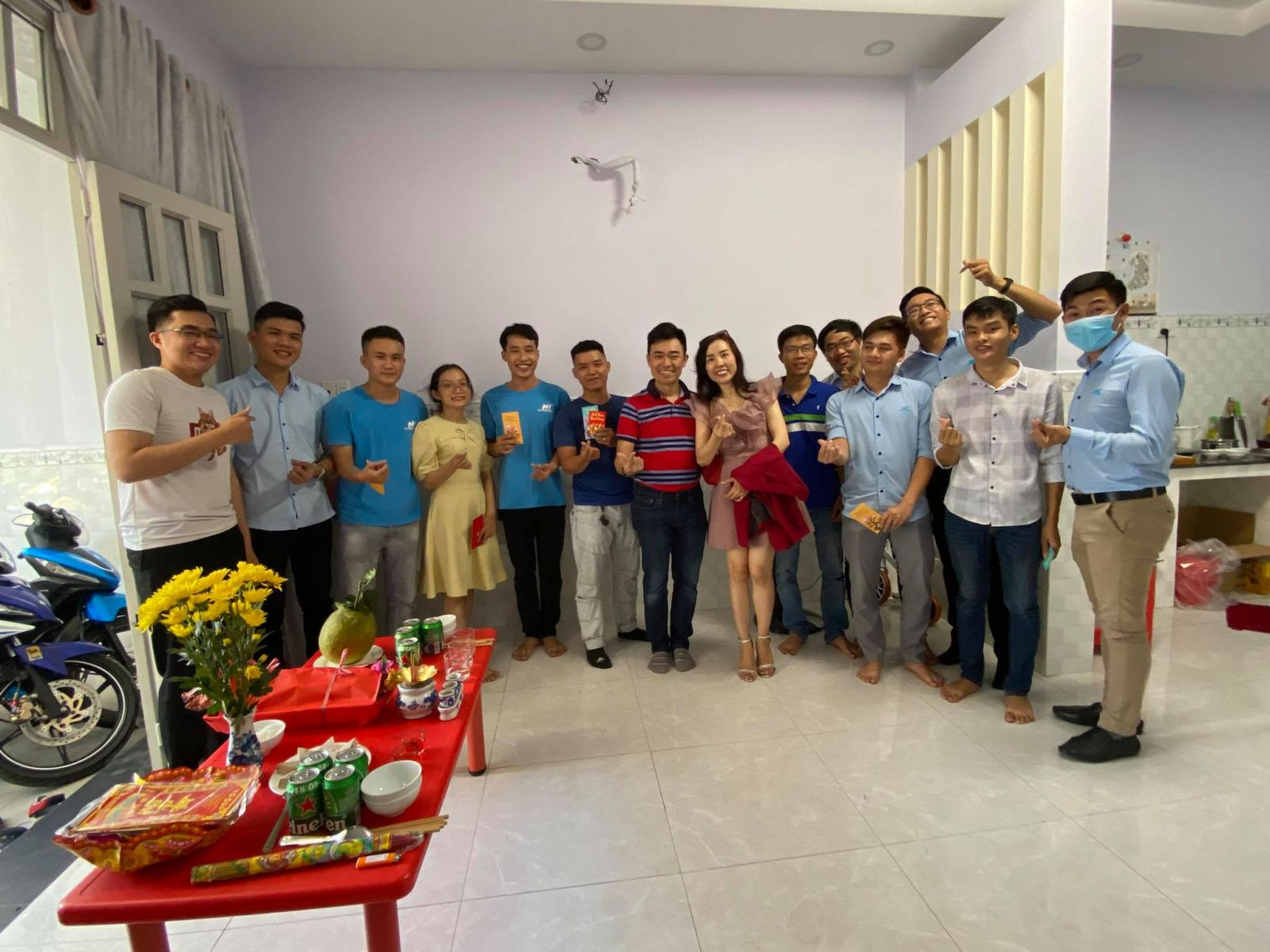 công-ty-Phuong-Hai-tiec-khai-nien-2021